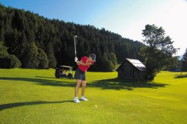 Golf in the Heart of Nature